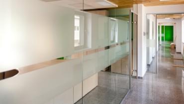 Compartimentari pereti sticla securizata si usi din sticla pe toc de aluminiu AT.50-herradesign-10