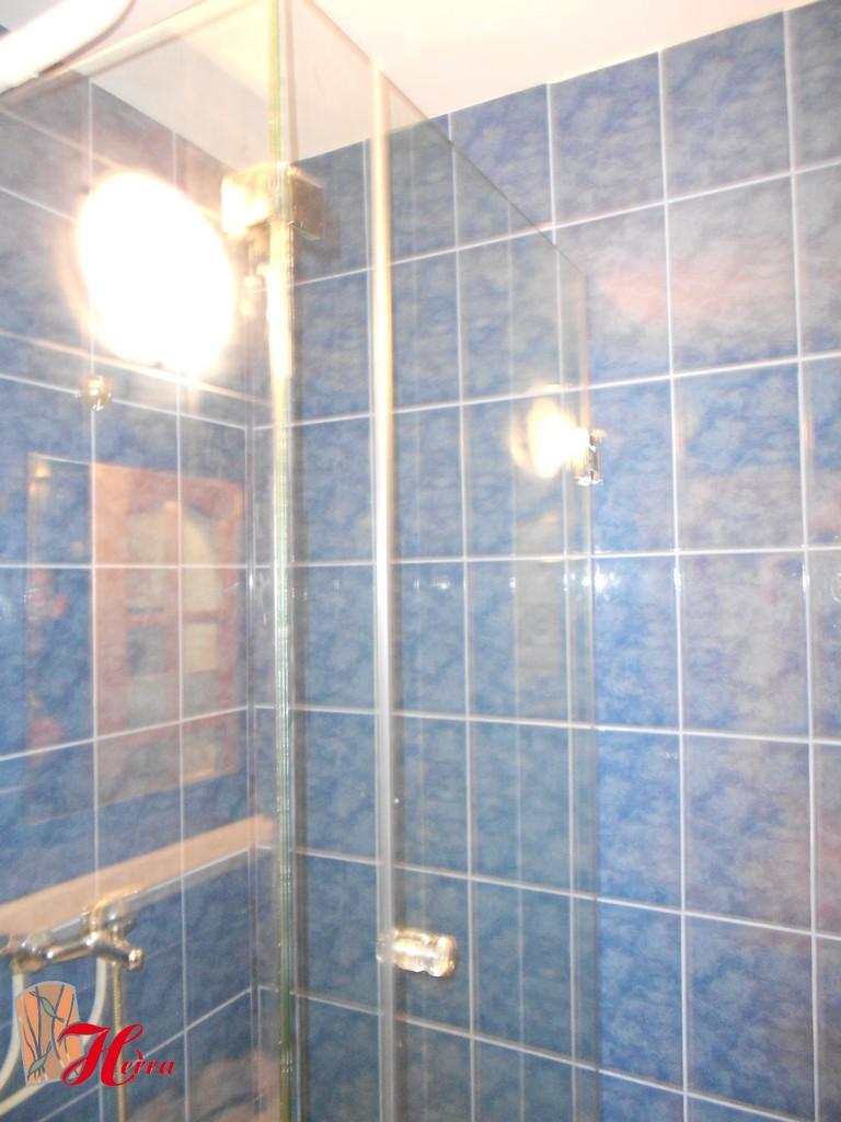 Cabină de duș din sticlă 42