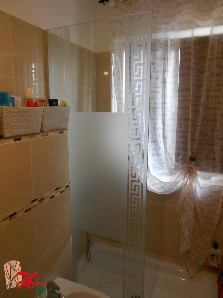 Cabină de duș din sticlă 44